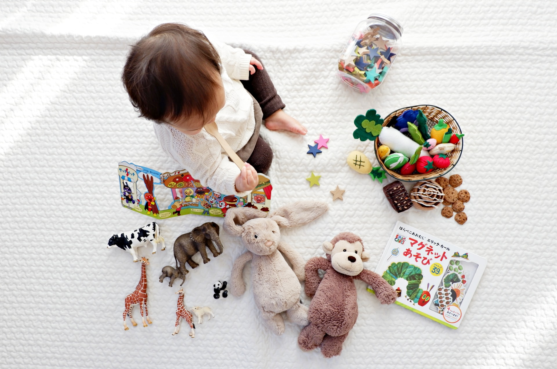 How to clean and disinfect toys at home